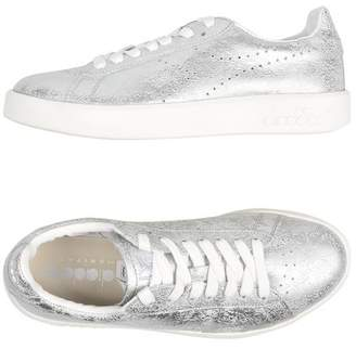 Diadora HERITAGE GAME SILVER Low-tops & sneakers