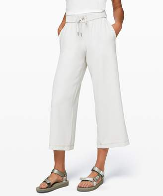 Lululemon On the Fly Wide-Leg 7/8 Pant *Woven