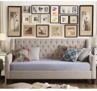 Mistana Pennington Twin Size Tufted Daybed