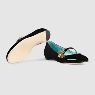 Gucci Patent leather ballet flat with bee
