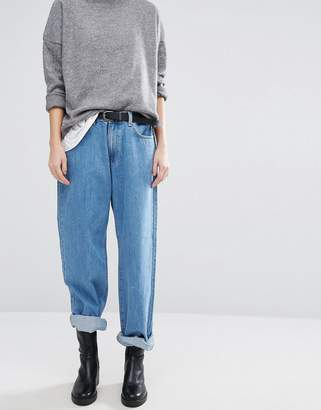 Dr. Denim Muse Low Rise Mom 90's Style Straight Jean
