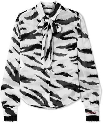 Philosophy di Lorenzo Serafini Pussy-bow Lace-trimmed Zebra-print Crepe De Chine Blouse - White