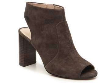 Essex Lane Colina Bootie