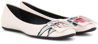 Roger Vivier T-shirt printed patent leather ballerinas