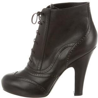 Bottega VenetaBottega Veneta Leather Round-Toe Booties