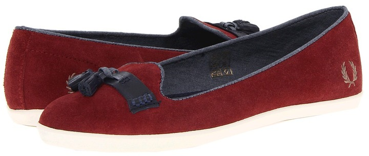 Fred Perry Evelyn Tassel Suede (Rosso/Driftwood) - Footwear