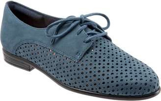 Trotters Comfortable Oxfords - Lizzie Perf