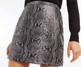 Oasis FAUX SNAKE MINI SKIRT