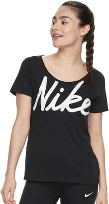 Nike Women's Dry Training Graphic T-Shirt