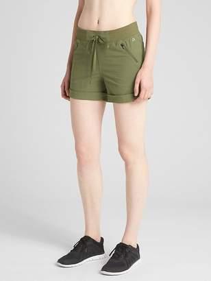 """Gap Rec Tech 4"""" Hiking Shorts"""