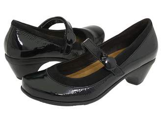 Naot Footwear Trendy