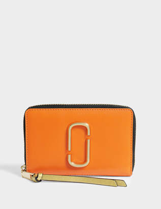 Marc Jacobs Snapshot Small Standard Wallet in Orange Split Cow Leather