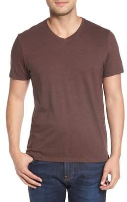 Robert Barakett Royce V-Neck T-Shirt