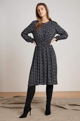 Velvet by Graham & Spencer SHIVAN SHEER PRINTED GAUZE SMOCKED WAIST DRESS