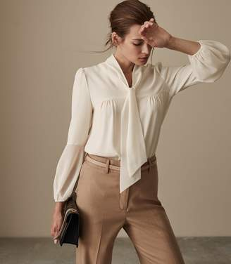 Reiss Our last order date for Christmas has now passed CATALINA BOW DETAIL BLOUSE Off White