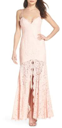 Fame & Partners Babe Lace Gown