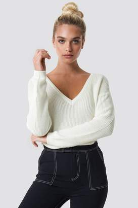 NA-KD Na Kd Deep Front V-neck Knitted Sweater Beige