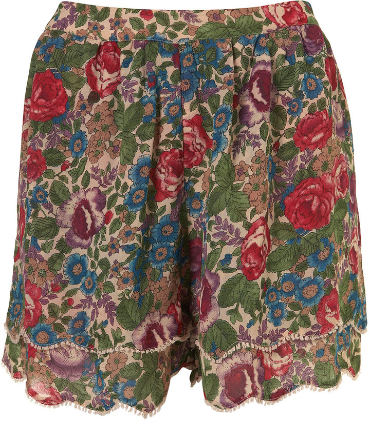 Tall Multi Floral Lace Scallop Hem Shorts