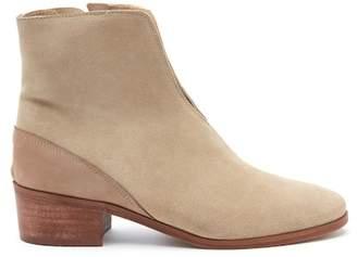 Matisse Cecilia V-Cut Suede Boot