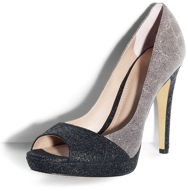 Vince Camuto Timmons Pump