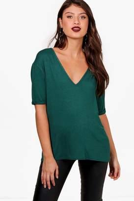 boohoo Hazel Oversized V Neck T-Shirt