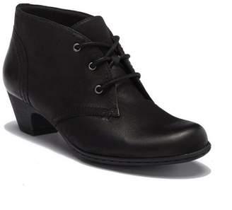 Rockport Brynn Leather Chukka Boot