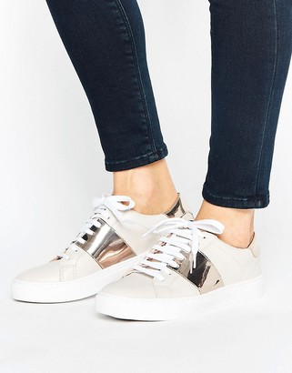 Oasis Leather Metallic Panel Sneakers $68 thestylecure.com