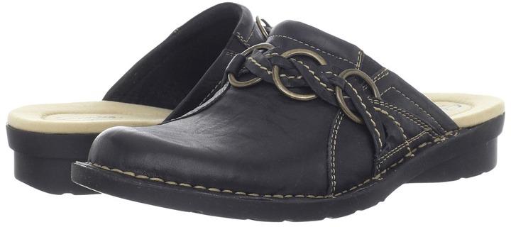 Clarks Nikki Theater (Black Scrunch) - Footwear