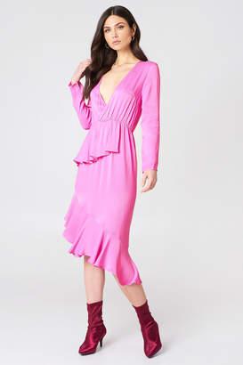 NA-KD Na Kd Frill Detail Long Sleeve Dress Bubblegum