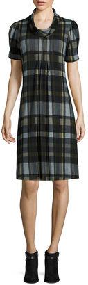 JESSICA HOWARD Jessica Howard Short-Sleeve Rollneck Plaid Shift Dress $60 thestylecure.com