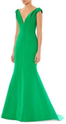 Carolina Herrera Fitted V-Neck Gown