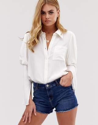 Asos Design DESIGN long sleeve shirt in crinkle with split sleeve detail