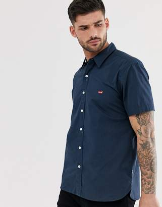 Levi's battery small batwing logo short sleeve shirt in dress blues