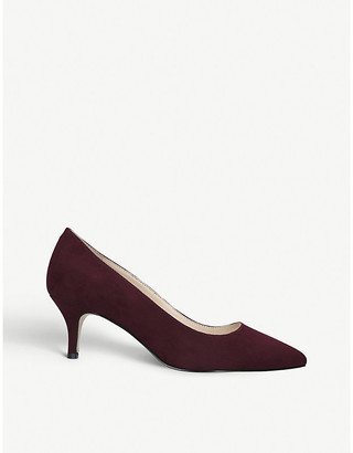 Nine West Flagship suede courts