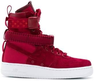 Nike Special Field Air Force 1 hi-top sneakers