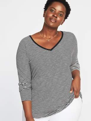 Old Navy EveryWear Plus-Size V-Neck Tee