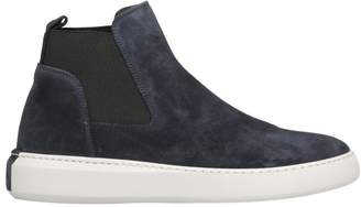 Moncler A Porter Round Toe Sneakers