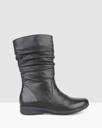 Airflex Tara Ruched Leather Calf Boots