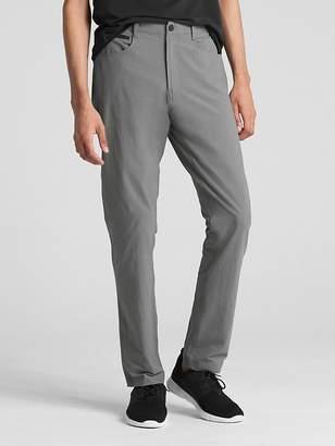 Gap Hybrid Khakis in Slim Fit with GapFlex