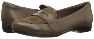 Clarks Kinzie Willow Women's Flat Shoes