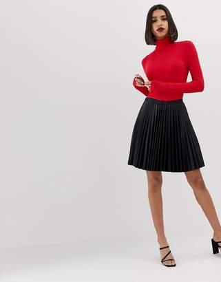 Morgan PU pleated mini skirt in black