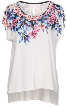fadf138894 Karen Millen White T Shirts For Women - ShopStyle UK