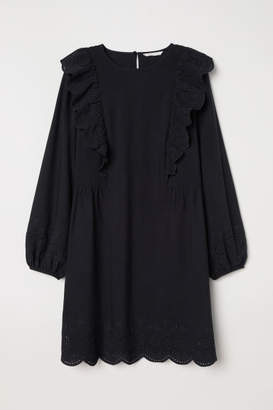 4045dee2b H&M Dress with Eyelet Embroidery - Black
