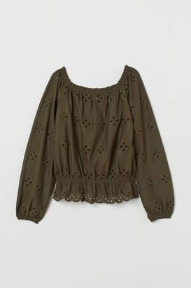 H&M Short off-the-shoulder top