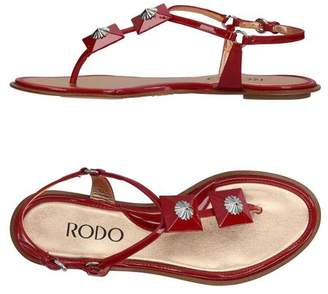 Rodo Toe post sandal