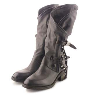 Grey Boot A.S.98