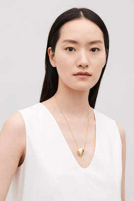 Cos ABSTRACT PENDANT NECKLACE