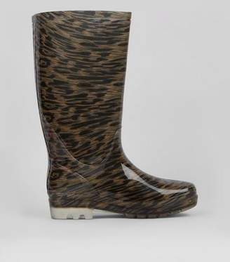 New Look Stone Leopard Print Wellies
