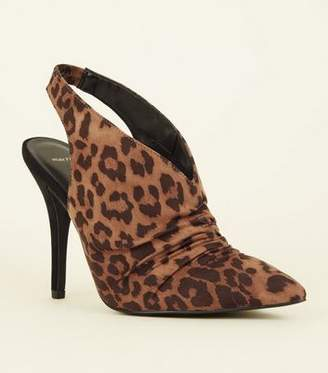 6885c53cdc715 New Look Wide Fit Tan Leopard Print Ruched Slingbacks