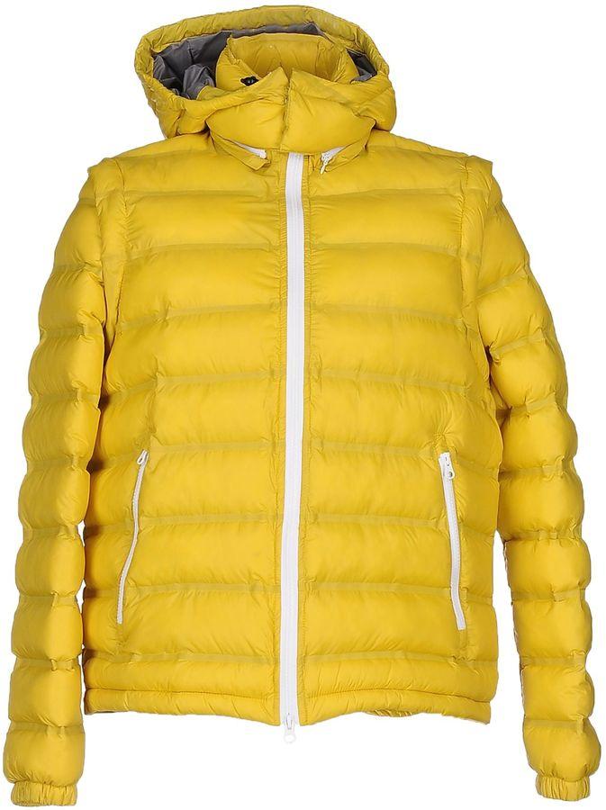 PantonePANTONE Down jackets